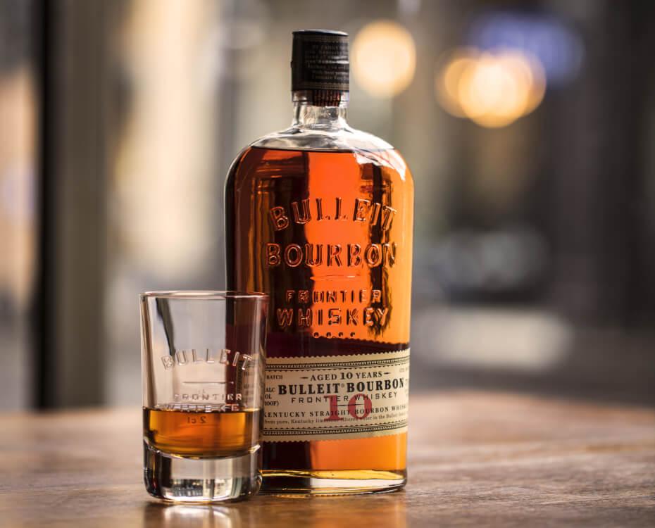 Bulleit Bourbon                         10 YR Neat